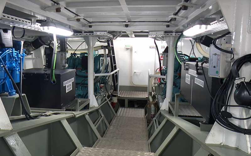 Multipurpose vessel engine