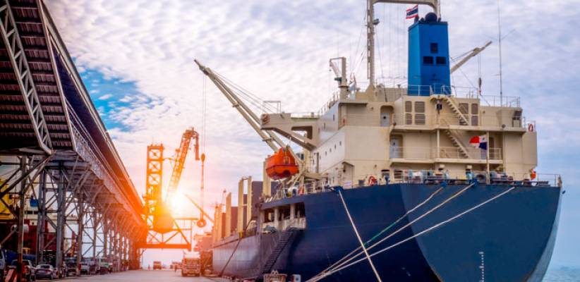 Scrubbers, remotorizaciones y tratamientos de agua de lastre lideraron los trabajos de transformación de buques en 2020