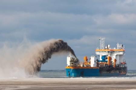 ¿Qué tipos de buques de uso profesional existen en el transporte marítimo?