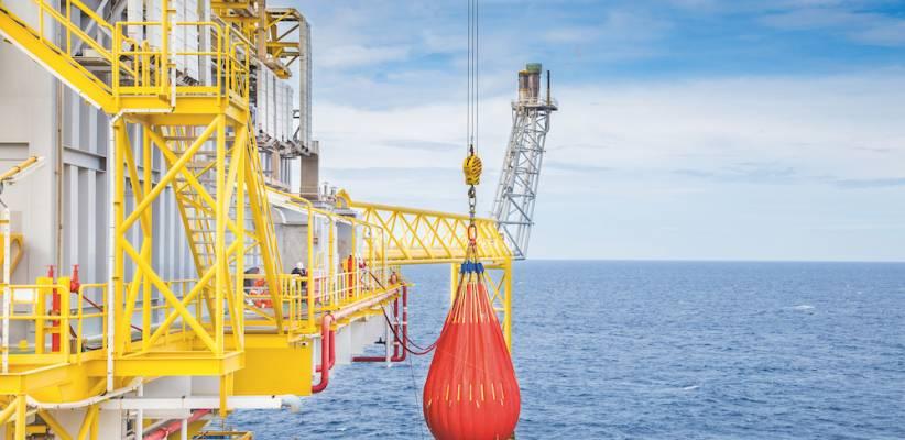 Crane load testing using water bags